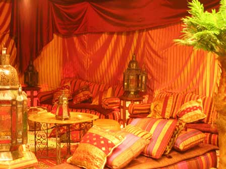 Harem nights hen party themes arabian nights party for Arabian tent decoration